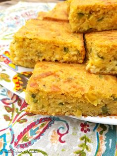 A rustic, savory cornbread recipe chocked full of jalapeno peppers, jack cheese, creamed corn and green onions. Savory Cornbread Recipe, Cornbread Recipe From Scratch, Cornbread Salad Recipes, Creamed Corn Cornbread, Mexican Cornbread, Jalapeno Cornbread, Homemade Cornbread, Cheese Recipes, Cooking Recipes
