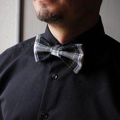 Fliege+schwarz/weiß+aus+Wolle,+verstellbar+von+Hauswerkstatt+Tatjana+Fetter+auf+DaWanda.com
