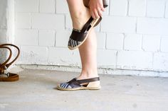 Curious and Catcat: Handmade espadrilles with faux leather details | DIY + free pattern