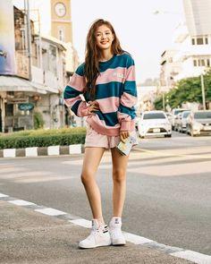 Korean Street Fashion, Asian Fashion, Kim Yoo Jung Fashion, Jun Ji Hyun Fashion, Casual Outfits, Cute Outfits, Fashion Outfits, Kim Yoo Jung Photoshoot, Kim Yu-jeong