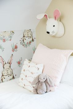 Love this woodland forest inspired room for girls. This would work great as a nursery, too!