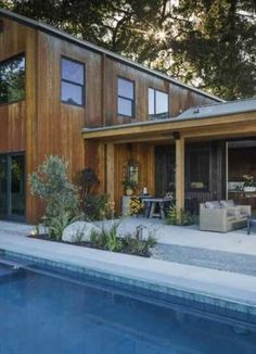 Dreamy modern farmhouse style invites indoor-outdoor living in Napa Valley Idaho, Building Design, Building A House, Building Ideas, Modern Mountain Home, Craftsman Style Homes, Parade Of Homes, Modern Farmhouse Style, Indoor Outdoor Living