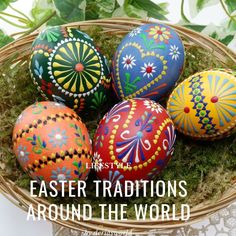 11 countries 11 easter traditions. How they celebrate Easter? Easter Crafts, Preschool Crafts, Crafts For Kids, Children Crafts, Easter Decor, Easter Dishes, Easter Eggs, Polish Easter Traditions, Wax