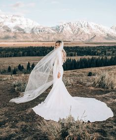 Different Styles Of Wedding Dresses. There are several designs of bridal gown, practically as many styles of wedding dresses as there are shapes of women. Perfect Wedding, Dream Wedding, Wedding Day, Wedding Veil, Bouquet Wedding, Wedding Things, Summer Wedding, Wedding Reception, Wedding Goals