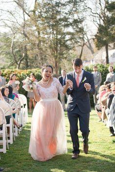 Vestido de noiva blushing, meio nude rosado. Um sonho!   Cores! | Paperland & Co.