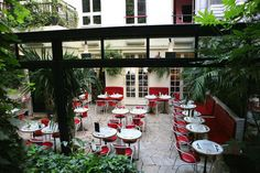 ELLE Paris Guide