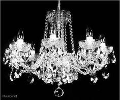 Crystal chandelier / Kristallikruunu