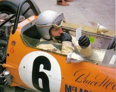Many elements to absorb within this image of Bruce McLaren studying his tyre temperatures, circa 1969 Grand Prix, F1 S, Bruce Mclaren, Mclaren Cars, Race Engines, Racing Events, Mc Laren, Classic Motors, Indy Cars