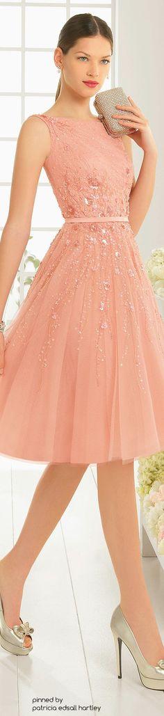 Aire Barcelona 2016 - coral dress.                                                                                                                                                      Más