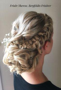 Frisör: Therese 2017 #bergfeldts frisörer #bergfeldtsfrisörer #bergfeldtsfrisorer #bröllop #bröllopsfrisyrer