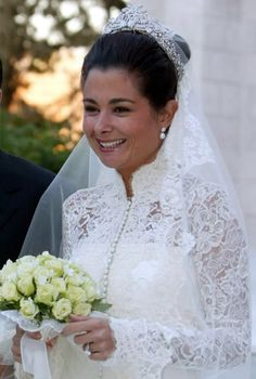 Princess Fahdah of Jordan on her wedding day, Apri she married Prince Hashim of Jordan, younger son of the late King Hussein and Queen Noor of Jordan. The bride wore a unknown Diamond tiara. Royal Wedding Gowns, Wedding Tiaras, Modest Wedding Gowns, Royal Weddings, Royal Crowns, Royal Tiaras, Royal Jewels, Wedding Styles, Wedding Photos