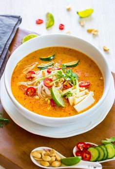 Creamy Vegetarian and flavorful Laksa Soup with Rice Noodles for comforting winter dinner | chefdehome.com