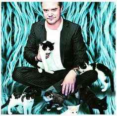 Mike Patton and cats- yay!