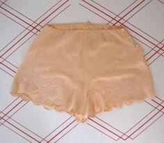 1930s Peach Silk Tap Pants SOUTACHE by GuermantesVintage on Etsy, $36.00