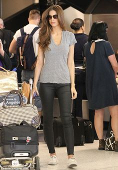 Katherine Webb turns arrivals lounge into her runway as she steps off flight looking flawless By CHELSEA WHITE  PUBLISHED: 17:30 GMT, 4 September 2013