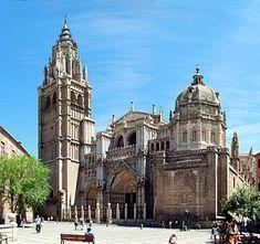 Cathedral of Toledo, Plaza del Ayuntamiento, Spain Toledo Cathedral, Cathedral Basilica, Barcelona Cathedral, Santa Maria, Restaurant Madrid, Cathedral Architecture, Spanish Architecture, Amazing Architecture, Toledo Spain