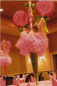 Cupcake centrepiece! for soleils sweet sixteen