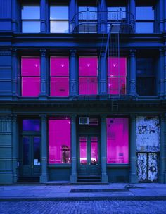 neon/ facade?
