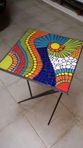 Resultado de imagen para mandalas raros en mosaicos Mosaic Pots, Mosaic Diy, Mosaic Wall, Mosaic Glass, Mosaic Tiles, Tile Crafts, Mosaic Crafts, Mosaic Projects, Mosaic Designs