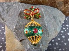 Vintage Christmas Tree Ornament Dangling by TwinklingStarVintage