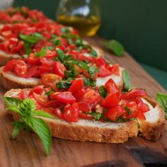 Bruschetta with Tomatoes & Basil (Bruschetta al Pomodoro). Easy & healthy Italian appetizer
