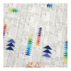 fresh modern quilt pattern from Jeli Quilts, works well with the newspaper print from Modern Backgrounds PAPER
