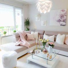 Chic Home Decor Ideas Pastel Living Room, Shabby Chic Living Room, Cozy Living Rooms, Living Room Interior, Home Living Room, Living Room Designs, Living Room Decor, Pastel Home Decor, Budget Home Decorating