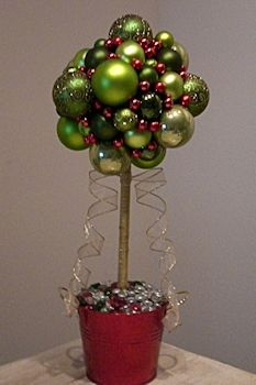 Christmas Table Decoration | Topiary Christmas Balls Tree