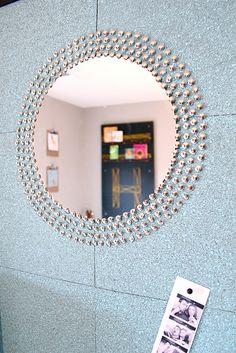 Sunburst thumbtack mirror on bulletin board Sunburst Mirror, Diy Mirror, Mirror Crafts, Mirror Makeover, Mirror Ideas, Wall Mirror, Decor Crafts, Diy Home Decor, Upholstery Tacks
