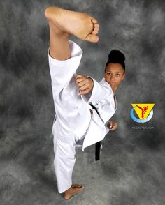 Martial Arts Styles, Martial Arts Women, Mixed Martial Arts, Karate Kick, Tough Woman, Female Martial Artists, Female Fighter, Female Feet, Judo