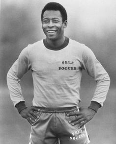 Pelé is a Brazilian football player widely recognized as the best footballer of all times. He was named the Athlete of the Century by the Olympic Committee in at the turn of the century. Good Soccer Players, Football Players, World Football, Football Soccer, Best Sports Quotes, Premier League, Sport Icon, Sports Figures, Play Soccer