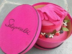 Vintage 1950s SCHIAPARELLI Paris Shocking Pink Millinery Drum Advertising HATBOX..Black Satin Cord..