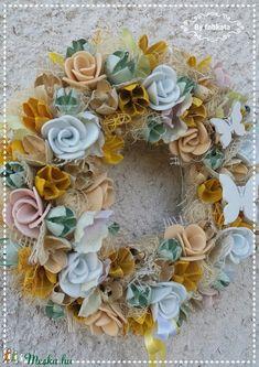 Napsugárka  tavaszi ajtódísz kopogtató (fabkata) - Meska.hu Floral Wreath, Wreaths, Diy, Decor, Floral Crown, Decoration, Door Wreaths, Bricolage, Do It Yourself