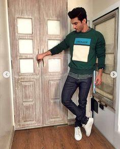 Bollywood Girls, Bollywood Saree, Bollywood Actors, Bollywood Fashion, Saif Ali Khan, Aamir Khan, Half Girlfriend, Vijay Actor, Ideas For Instagram Photos