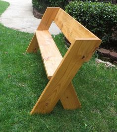 Do you know what I love about this bench? It's sturdy, it's cheap and it takes only about an hour to assemble! We went to a ... #funkyfurniture