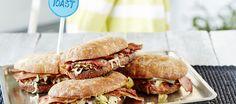 Pekoni-jalapenogrillileivät Salmon Burgers, Food Hacks, Hamburger, Sandwiches, Toast, Ethnic Recipes, Burgers, Paninis