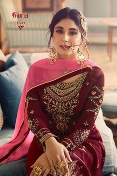 Punjabi Suits Designer Boutique, Indian Designer Suits, Indian Designers, Embroidery Suits Punjabi, Embroidery Suits Design, Embroidery Patterns, Sharara Designs, Kurti Designs Party Wear, Punjabi Fashion