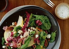 Wilted Spinach Salad with Asian Pears, Blue Cheese, and Pecans Recipe | Vegetarian Times
