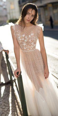 liz martinez wedding dresses a line floral appliques nude fabric 2018