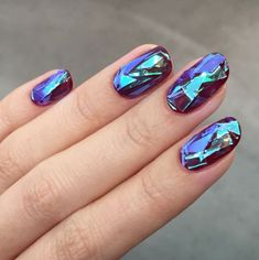 Then get ready to become OBSESSED with glass nails. | Women Are Getting Shattered-Glass Nails And It's As Awesome As It Sounds