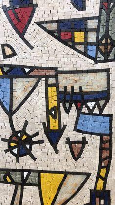 Pebble Mosaic, Mosaic Wall, Mosaic Tiles, Epoxy Wood Table, Mosaic Artwork, Mosaic Garden, Mosaic Patterns, Glass Art, Abstract Art