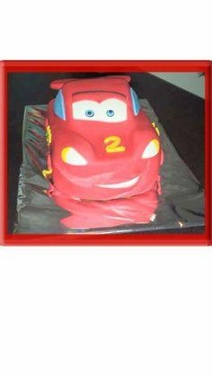 Mc queen cars cake!
