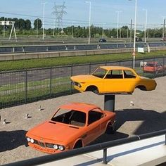387 отметок «Нравится», 5 комментариев — BMW Classics (@theblueandwhiteprop) в Instagram: «My kind of art #BMW #BMWClassic #BMW2002 #BMWE9 #BMW30CS 📸: @wg010»