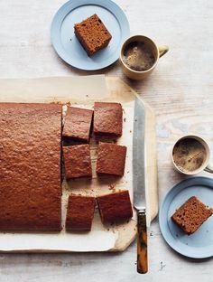 Mary Berry Ginger Cake, Baking Recipes, Cake Recipes, Yummy Recipes, Gingerbread Cake, Simple Gingerbread Recipe, Gingerbread Recipes, British Baking, Popular Recipes