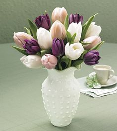 maybe do purple tulips as my bouquet?