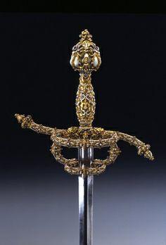 Rapier / Prunkwaffengarnitur bestehend aus Rapier und Dolch mit Scheide   Pockh, Pery Juan (Goldschmied)  Wien. 1575.