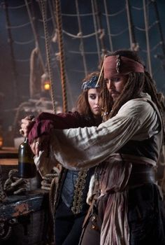 *CAPTAIN JACK SPARROW ~ Pirates of the Caribbean....Thick as thieves