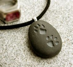 Dog lovers necklace Puppy Pawprints on front side by sjengraving
