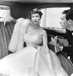 Fifties fashion Goddess Barbara Goalen. By John French  Anything that I were to say about this woman would pale into insignificance, just look at her!  Such class. Such elegance!  My thanks to myvintagevogue.