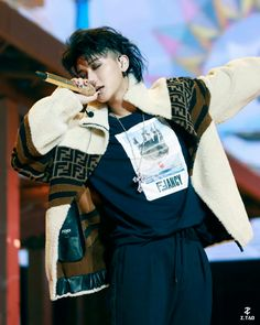 Huang Zi Tao, I Will Fight, Chinese Boy, My King, Luhan, Super Powers, Bad Boys, Rapper, Abs